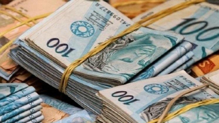 Auxílio mensal de R$ 200,00 deve ser destinado a autônomos e desempregados. Veja aqui como fazer seu cadastro.